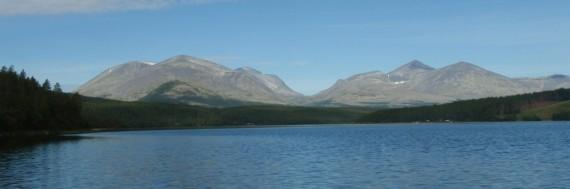 Bilde fra båt på Atnasjøen. Foto Hans Sollid
