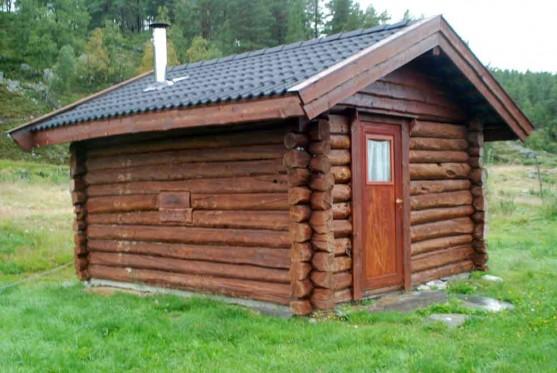 Bilde av badstua på campingplassen til Arild Hemli. Foto Hans Sollid