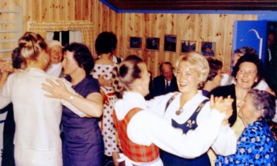 Bilde av Fest på Ankerhytta ved Øyvinds 60årsdag (1)foto ukjent