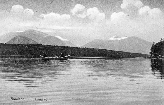 Bilde av Postkort_5_Båt på Atnsjøen
