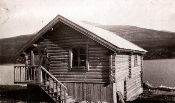 Skipperen Sigurd Svendsen på Staksonaustet på fagervoll. Foto utlånt av Odd Kjølhamar