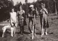 11 1206 familie i slåtten