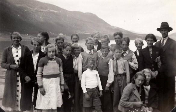 Skuletur 1931. Foto utlånt av Agnes og Ragnar Kulstad