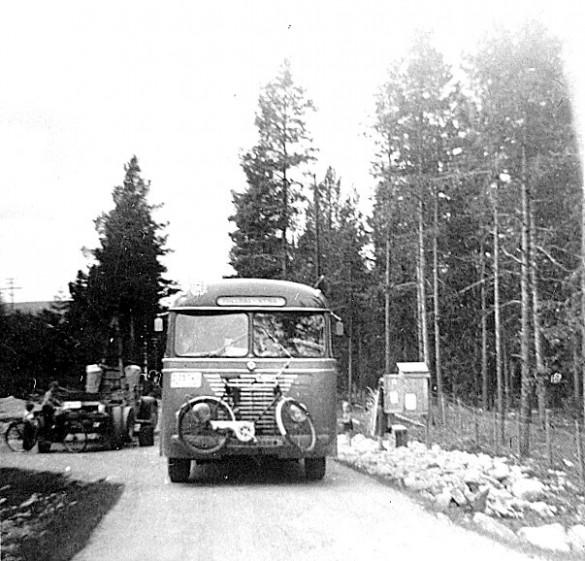 Rutebussen, stopp på Mogrenda