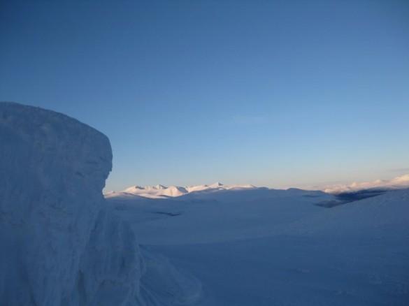 Rondane sett fra Gråpiggen en midtvintersdag. Foto Knut H Rønningen