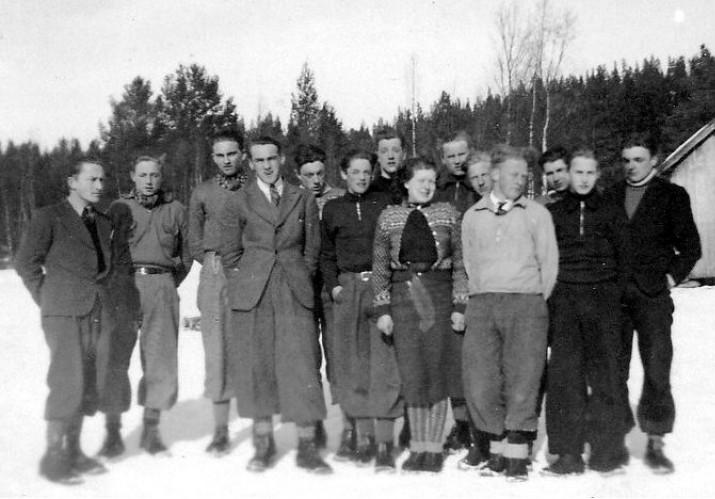 Framhaldsskole ved Atnbrua våren 1940.