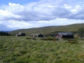 Bilde av setra til Storbekkmoen på Mokjølen. Foto Hans Sollid