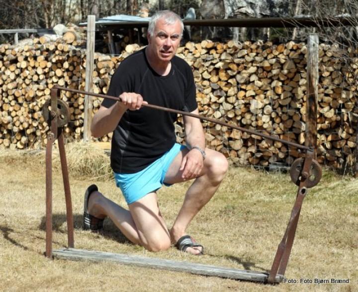 Odd Kjølhamar med fløtingsstol160516 073