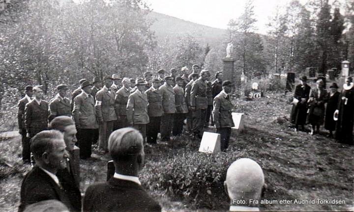 Fra Sollia kirke 17. mai 1945