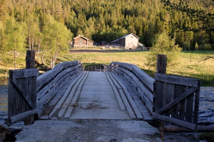 1-Nye Finstadbrua og Nordre Finstad foto BB