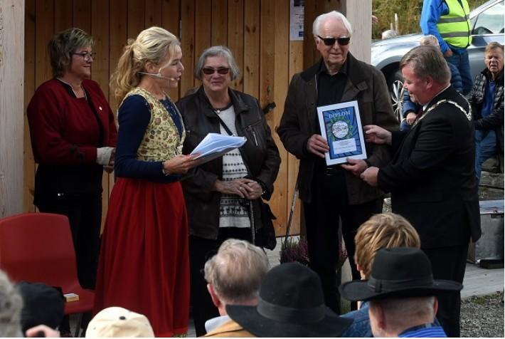 Unni Lise og Ola Jonsmoen fikk årets Fossepris