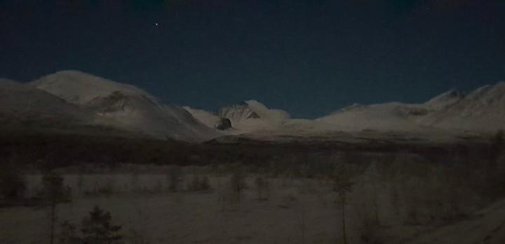 18 1221 Rondane i måneskinn-001
