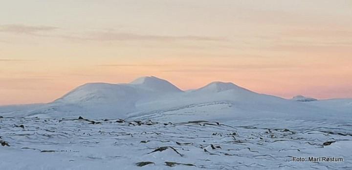 1-19 0105 solnedgang fra Finnsjøfjellet