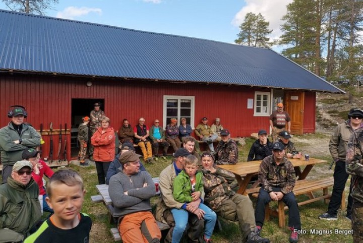 1-19 0623 jaktfelt 1