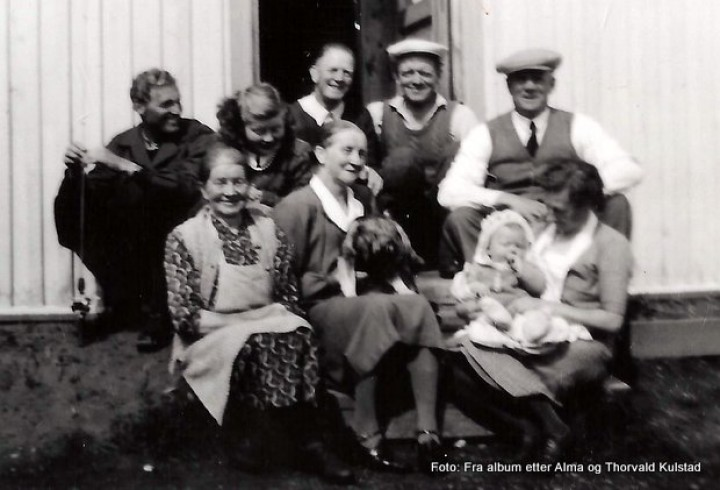 1-19 0714 Skogli 1948 Hilsen fra Olstad og Åbogen