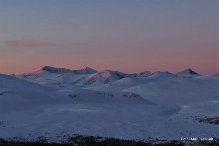 1-19 1210 Gunstadseterhøgda mot Rondane