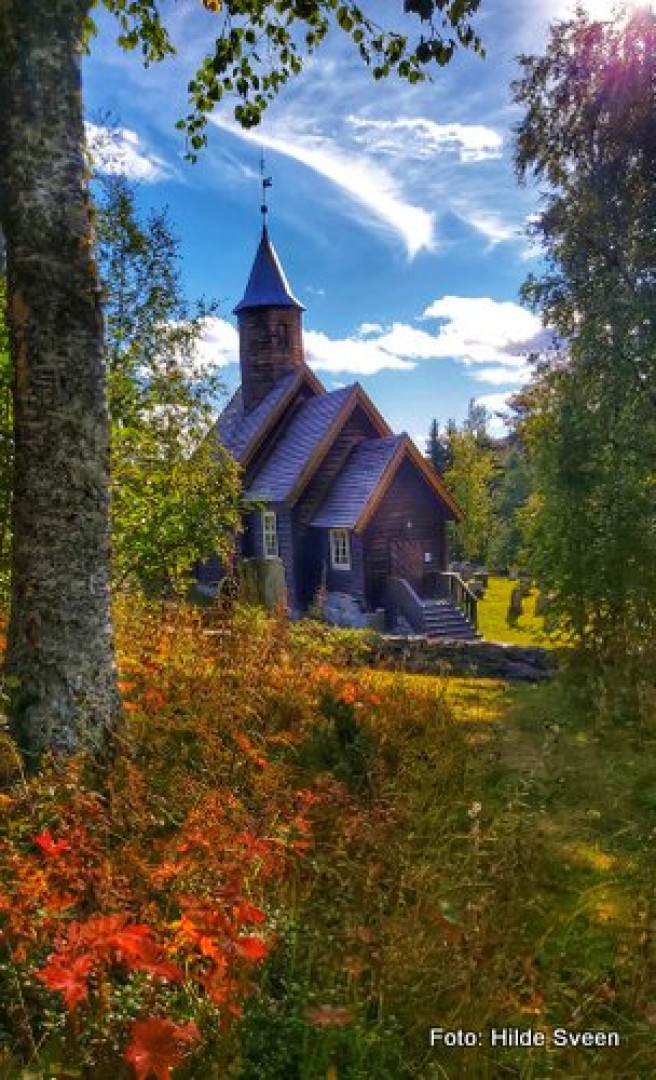 20 0907 høst Sollia Kirke