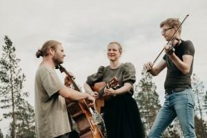 20 0820 Ingvild Bløsterdalen trio