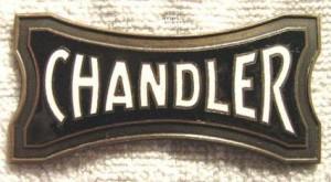 21 0310 Chandler_automobil_radiator_emblem